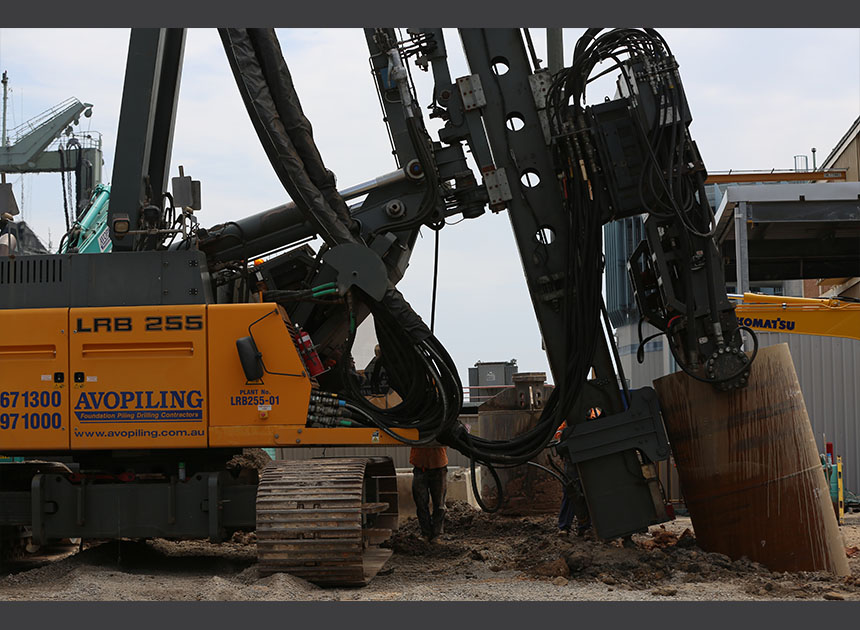 Liebherr LRB255 mounted with 40VML vibratory hammer