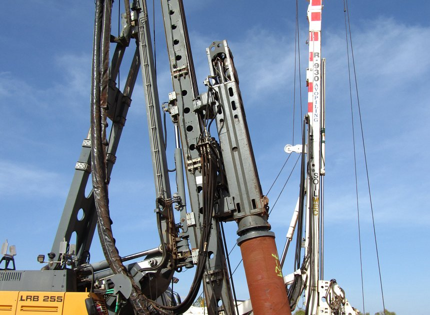 Liebherr LRB255 mounted with 9 tonne hammer